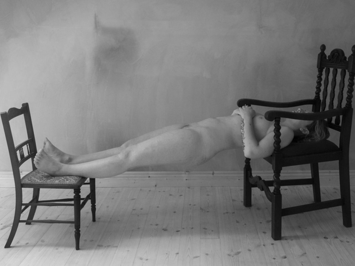 Roisin White, Lay Her Down Upon Her Back